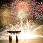 宮島水中花火大会 2019年の日程・時間と有料席は?穴場14選はココ!