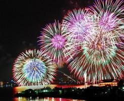 琵琶湖花火大会の打ち上げ花火の様子